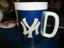 Dead Stock 1980's NEW YORK YANKEES Logo Plastic Coffee Mug B