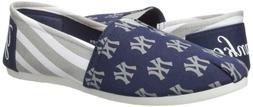 FOCO New York Yankees Women's MLB Slip On Canvas Stripe Shoe