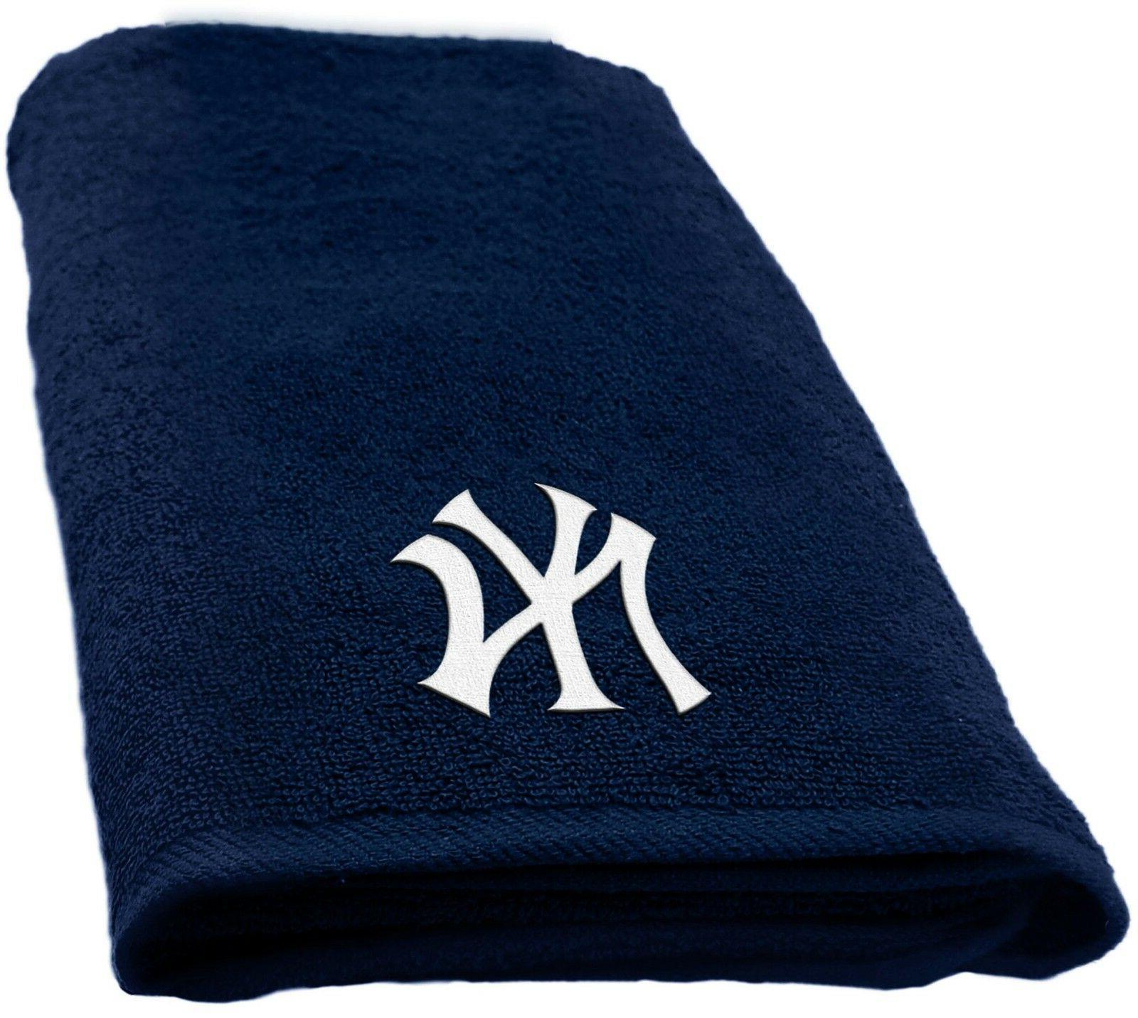 "MLB New York Yankees 15""x26"" Applique Hand Towel"