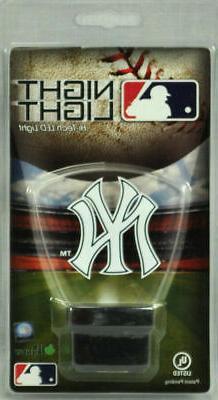 New York Yankees LED Nightlight Reg. Logo Authentic Street S
