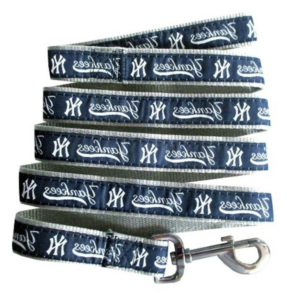 New York Yankees Nylon Pet Leash; Medium 5/8 Inch Wide and 4