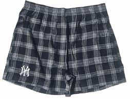 New York Yankees Mens Plaid Oversized Fly Ball Flannel Boxer