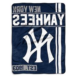 The Northwest Company MLB New York Yankees Micro Raschel Thr