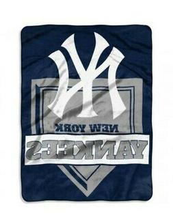 The Northwest Company MLB York Yankees Royal Plush Raschel T