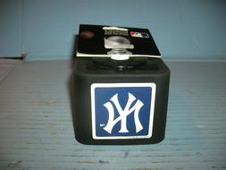 MLB New York Yankees Shinshield  Rubber Trailer Hitch Cover