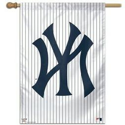 NEW YORK YANKEES ~  Official MLB Pinstripe Outdoor House Fla