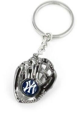 NEW YORK YANKEES METAL GLOVE KEY CHAIN  NEW & OFFICIALLY LIC