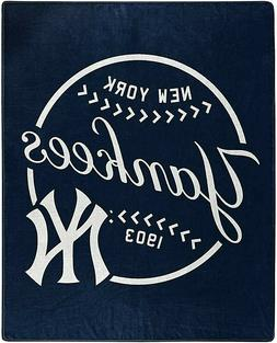 NEW YORK YANKEES MLB NORTHWEST ROYAL PLUSH RASCHEL THROW
