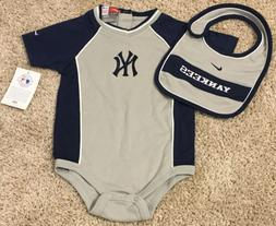NWT NY YANKEES baby outfit clothes MLB new with tags 24 mont