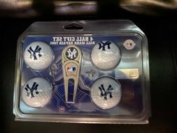NY Yankees 4 golf ball gift Set includes ball mark repair to