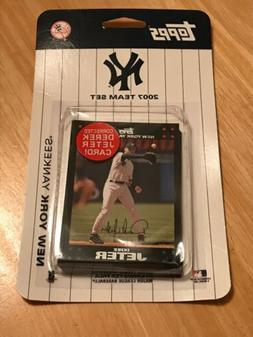 Topps 2007 New York Yankees 14 Card Team Set With Corrected