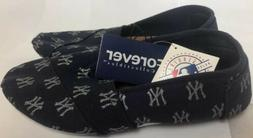 New York Yankees Women's Small Size 5-6 Slippers MLB Patte
