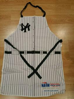 Yankee Cooking Apron NEW Unused - 2013 Stadium Giveaway Spon